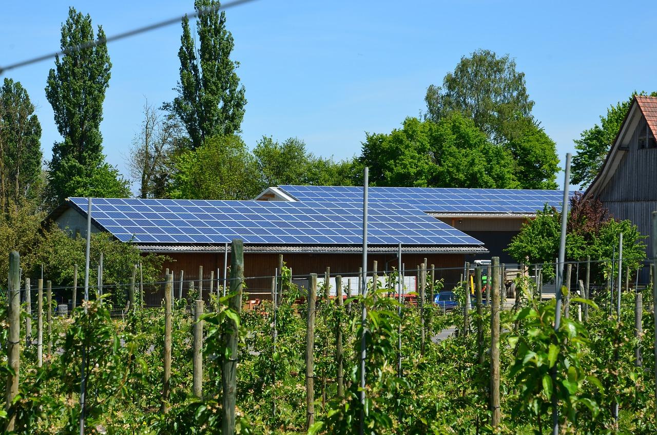 Sebestačný rodinný dom so záhradkou a ekologickým riešením energií